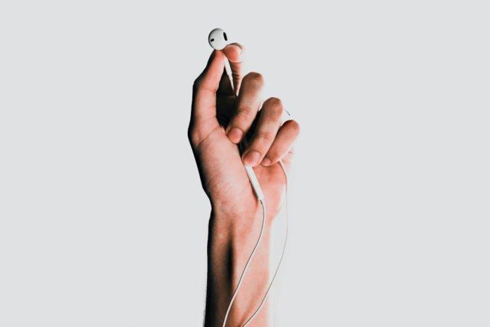 iPhone 12'nin kutusundan kulaklık çıkmayabilir!